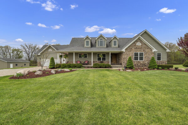 5355 Country Acres Trail